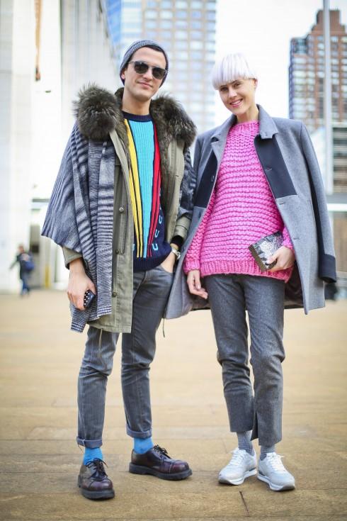 Alessandro: Áo khoác Mr & Mrs Furs. Linda: Áo len I Love Mr Mittens, Áo khoác Alexander Del Aqua