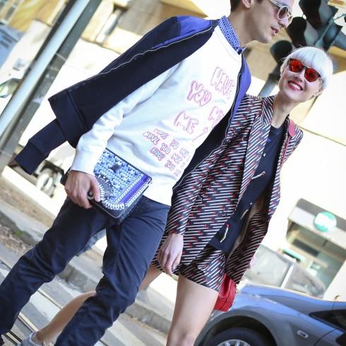 Alessandro: Trang phục Acne. Linda: Trang phục Stella McCartney