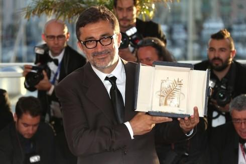Đạo diễn Nuri Bilge Ceylan nhận giải Cành cọ vàng cho tác phẩm Winter Sleep