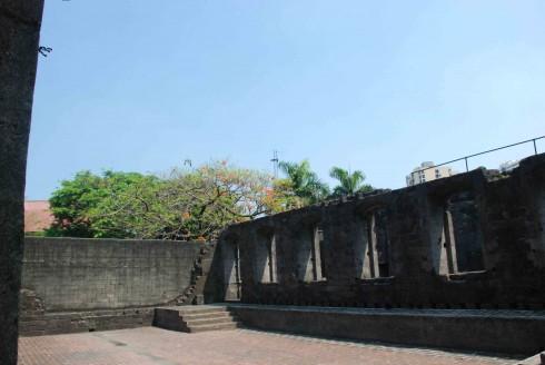 Rajah Sulayman Theater cổ xưa 300 năm trong pháo đài Santiago nổi tiếng.
