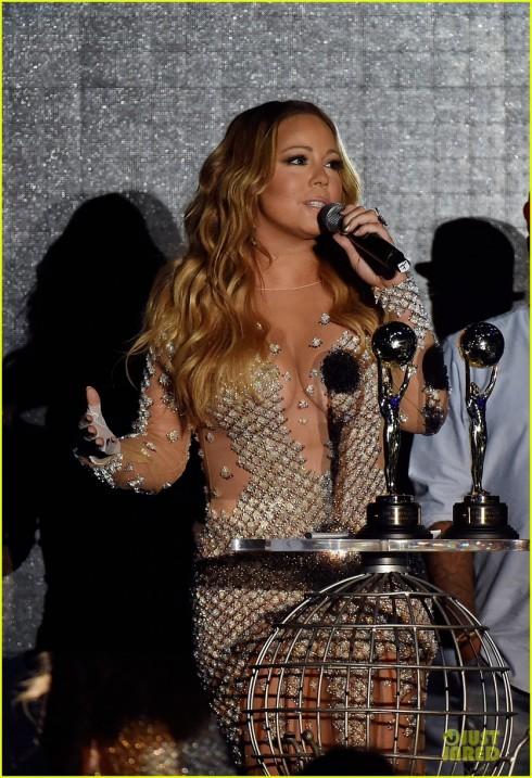 Mariah Carey nhận giải thưởng Biểu tượng nhạc Pop