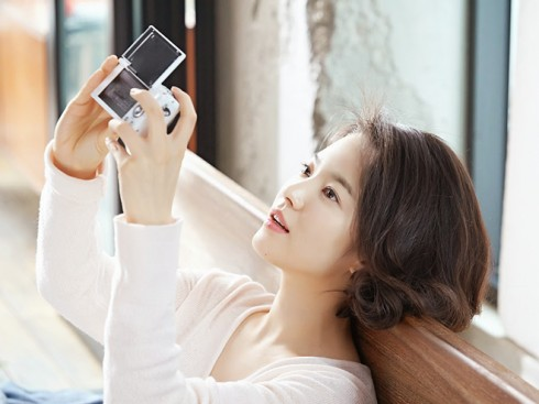 ellevn-song-hye-kyo-laneige-bb-cushion