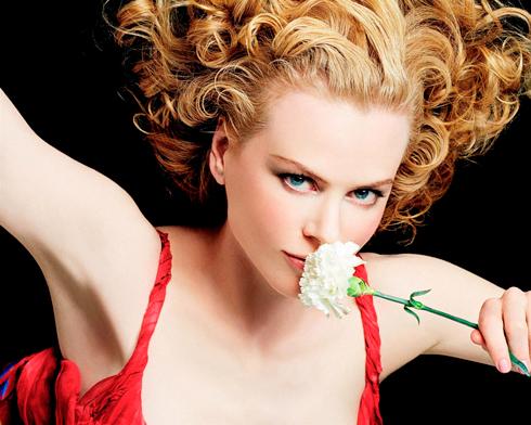 <strong> Song Tử (22/5 - 21/6)</strong><br/>Đầu tháng, công việc của bạn đạt được thành quả mỹ mãn. Giữa tháng, gia đình đem lại cho bạn cảm giác ấm áp, gắn bó, đây cũng là cơ hội hiếm có để bạn thực hiện tất cả những dự định còn ấp ủ. <br /> Sao cung Song Tử: Nicole Kidman