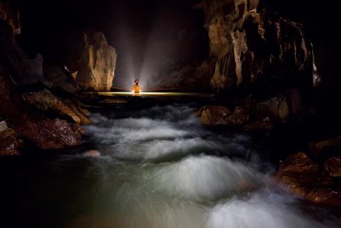 Chinh phục sông ngầm trong lòng hang