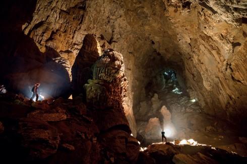 Thạch nhũ khổng lồ trong Sơn Đoòng, thời gian kiến tạo 1cm thạch nhũ cần đến 1.000 năm
