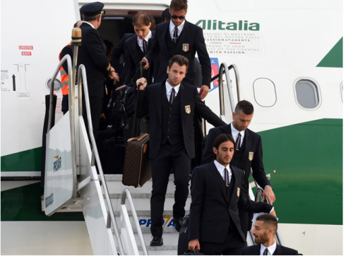 italian-soccer-team-uniform-gq
