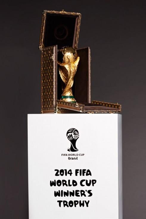 Thiết kế hộp đựng  tinh xảo và sang trọng từ thương hiệu Louis Vuitton tại  World Cup 2014