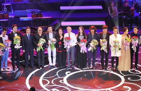 Các nghệ sĩ tại lễ trao giải Cống hiến 2014