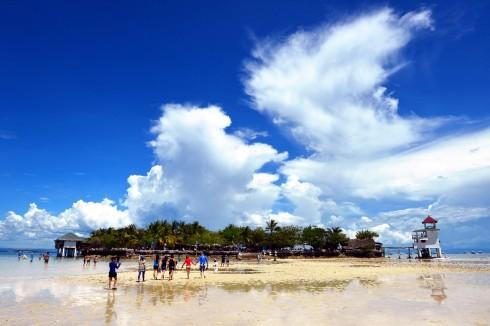 Hòn đảo Nalusuan, Cebu, Philippines. Tác giả Nguyễn Hoàng Hà