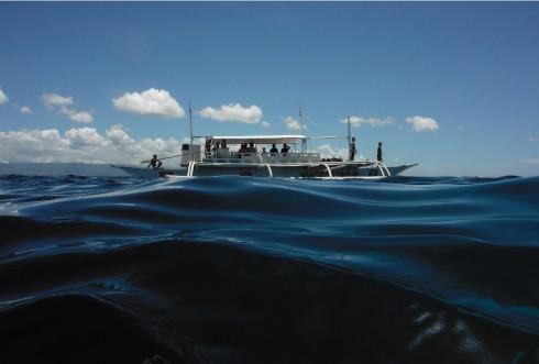 Vũ điệu của biển Cebu, Philippines. Tác giả Đinh Quang Hải