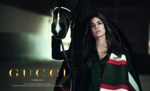Charlotte Casiraghi trong một chiến dịch quảng bá của Gucci