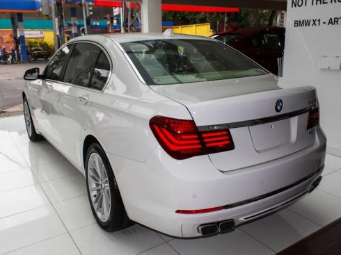 BMW 7 Series tai VN_4