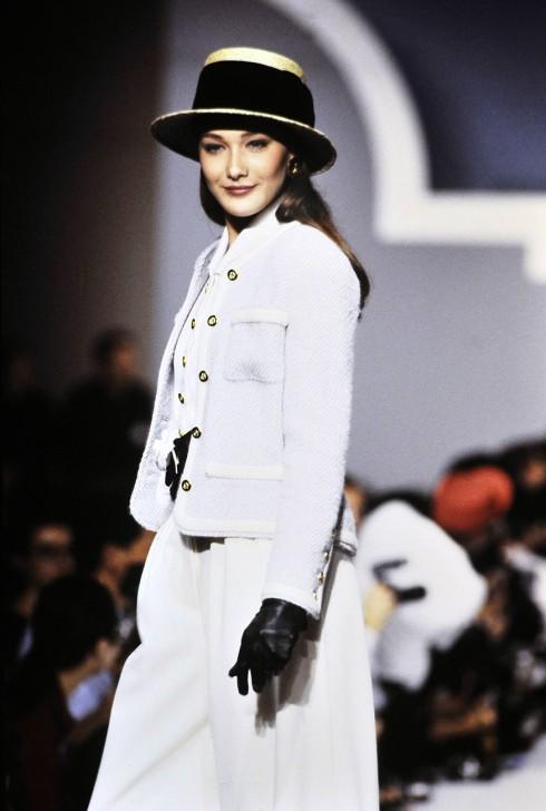 Carla Bruni<br/>Carla Bruni trong show diễn thời trang của Chanel năm 1988