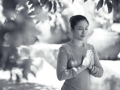 ellevn Yoga va suc khoe 2
