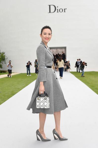 Chương Tử Di rạng rỡ trong buổi giới thiệu BST Dior.
