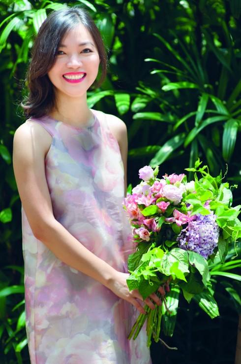 Đầm Truly Lam (Lam Boutique), Hoa tươi Padma De Fleur