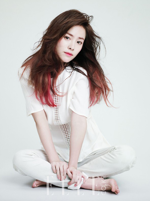Han-Ji-Min-ELLE-Korea-4-590x787