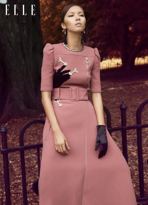 Đầm Carven, Phụ kiện của stylist