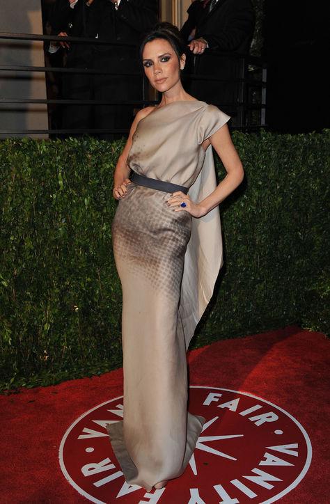 Năm 2010: Victoria tại Vanity Fair Oscar.