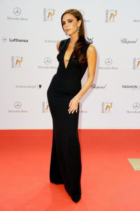 Năm 2013: Victoria trên thảm đỏ Bambi Awards<br/>Bambi 2013 awards at Musical Theater am Potsdamer Platz theatre. - Red Carpet  Featuring: Victoria Beckham Where: Berlin, Germany When: 14 Nov 2013 Credit: Patrick Hoffmann/WENN.com
