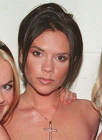 Năm 1995: Victoria thời Spice Girls.