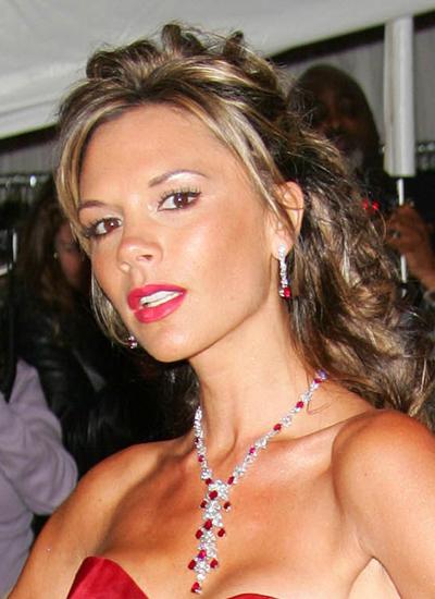 Năm 2006: Victoria tại MET Gala.