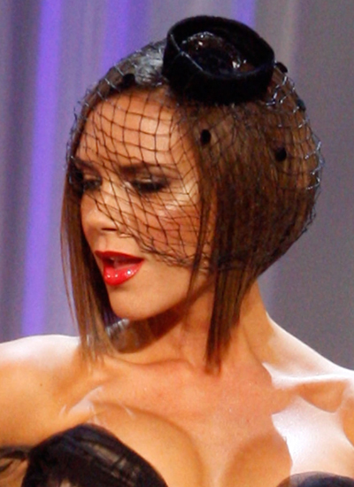 Năm 2007: Victoria tham dự Victoria's Secret Fashion Show.