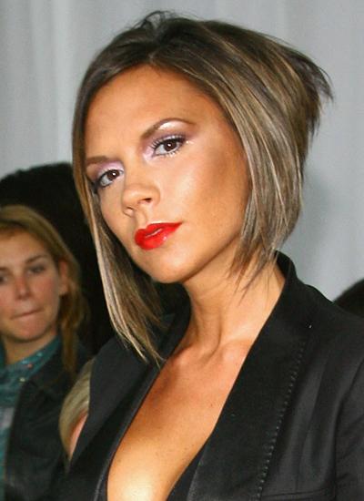 Năm 2006: Victoria xuất hiện trong buổi ra mắt BST Xuân Hè của Matthew Williamson