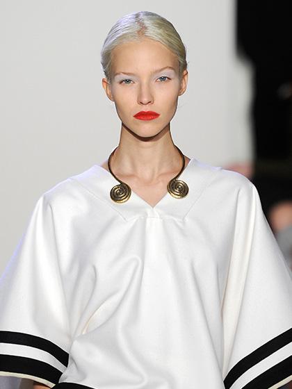 altuzarra-red-lipstick