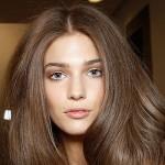 5 mẹo nhỏ giúp mái tóc phồng tự nhiên