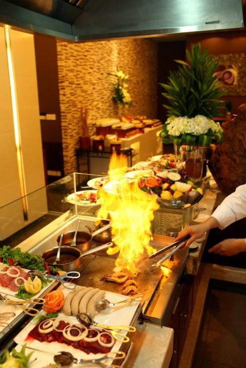 Movenpick Hanoi - Semi Buffet