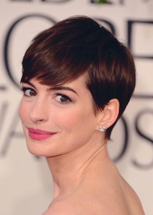 <strong>Anne Hathaway</strong> <br> Phong cách tomboy không chỉ dành cho những cô nàng nam tính nữa mà đã trở thành một xu hướng thời trang chính thống. Khi tham gia bộ phim