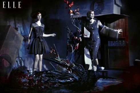 Anne (trái): Trang phục và phụ trang Alexis Mabille - Anna Maria (phải): Trang phục Céline, Tất da và giày Alexis Mabille