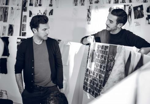 NTK Nicolas cùng nhóm sáng tạo của Louis Vuitton.