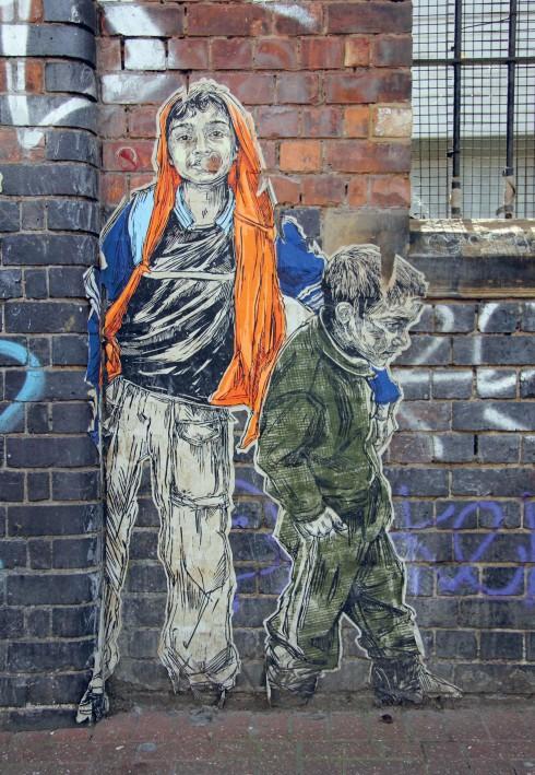 Nhờ sự quảng bá của truyền thông, một số nghệ sĩ đường phố đã dần dần bước vào thế giới nghệ thuật chính thống