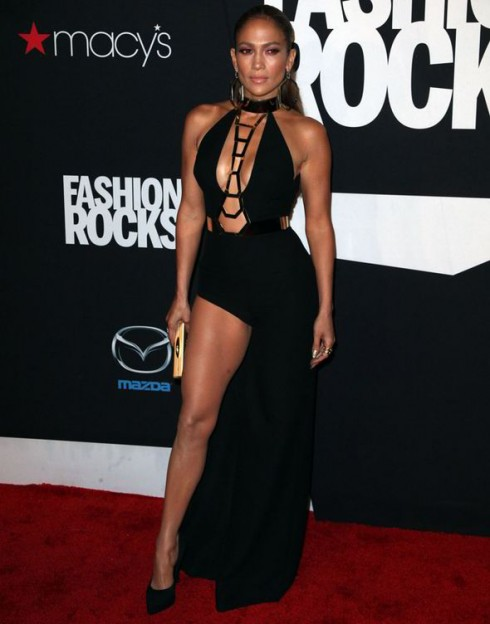 Jennifer Lopez quyến rũ tại buổi biểu diễn âm nhạc gây quỷ Fashion Rocks (9/9)