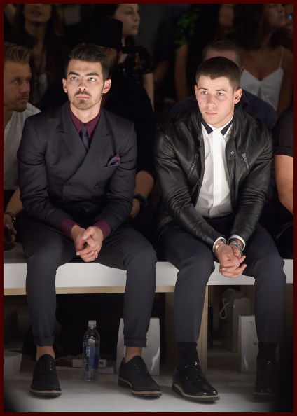 Anh em nhà Jonas tại show diễn Richard Chai Love (4/9)