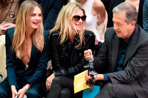 Cara Delevingne, Kate Moss & nhiếp ảnh gia Mario Testino