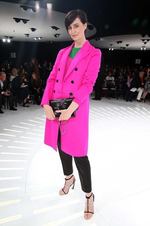 Người mẫu Erin O'Conner tại show Christian Dior