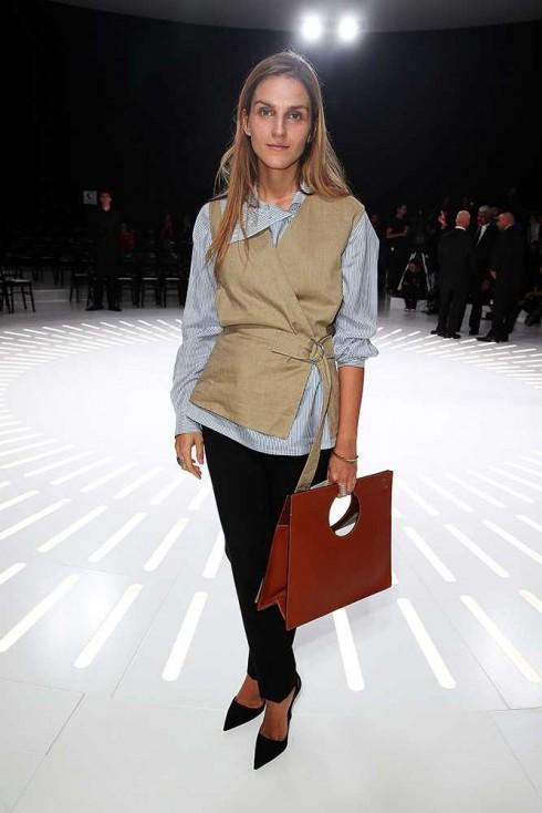 Giám đốc Sáng tạo Gaia Repossi tại show Christian Dior