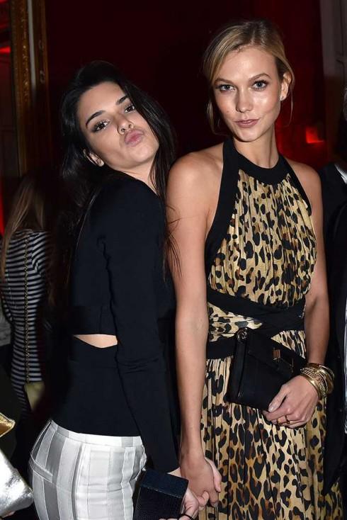 Kendall Jenner & Karlie Kloss tại buổi tiệc của Balmain