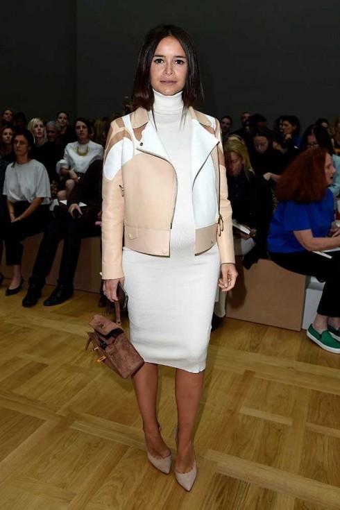 Biên tập viên thời trang Miroslava Duma tại show Chloé