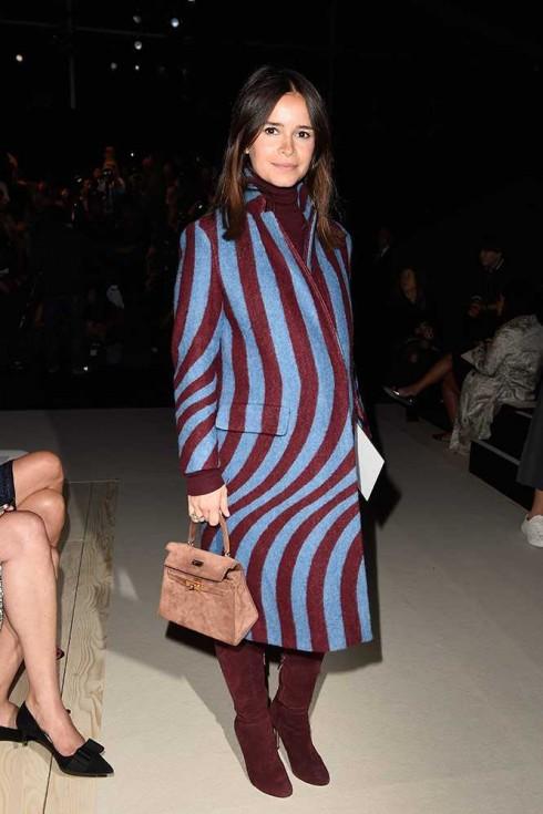 Biên tập viên thời trang Miroslava Duma tại show Nina Ricci