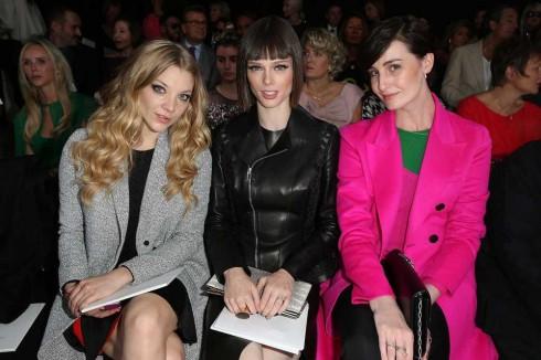 Diễn viên Natalie Dormer, người mẫu Coco Rocha & Erin O'Connor tại show Christian Dior