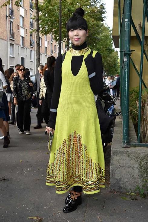 Blogger thời trang đình đám Susanna Lau tại show Kenzo