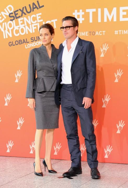 Cặp đôi vàng của Hollywood còn sáng lập tổ chức từ thiện Jolie-Pitt Foundation vào năm 2006 với mục đích hỗ trợ cho các hoạt động nhân đạo toàn cầu.