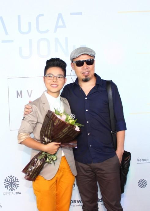 Vũ Cát Tường cùng với nhạc sĩ Huy Tuấn