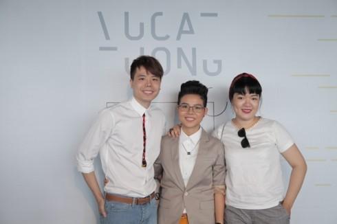 Ca sĩ Trịnh Thăng Bình (trái) và bạn