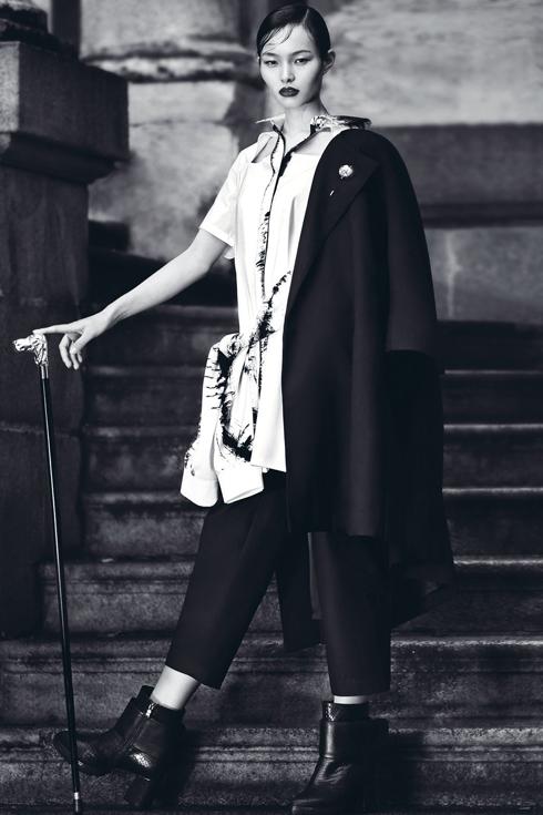 Ling Liu bắt đầu vào nghề người mẫu từ 6 tháng trở lại đây. <br/>Ngay từ những bước đầu tiên, cô gái nhỏ này đã đến được với sàn diễn thời trang Milan.