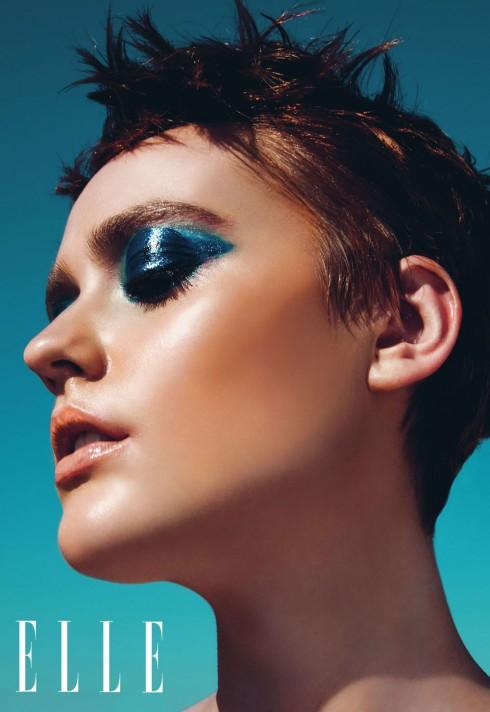 Để mắt ướt giữ được chặt hơn, các chuyên gia trang điểm sử dụng MAC Mixing Medium Shine là một loại sáp giúp giữ màu mắt lâu hơn sử dụng son bóng thông thường.